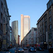 19-golden-hochhaus-big-th