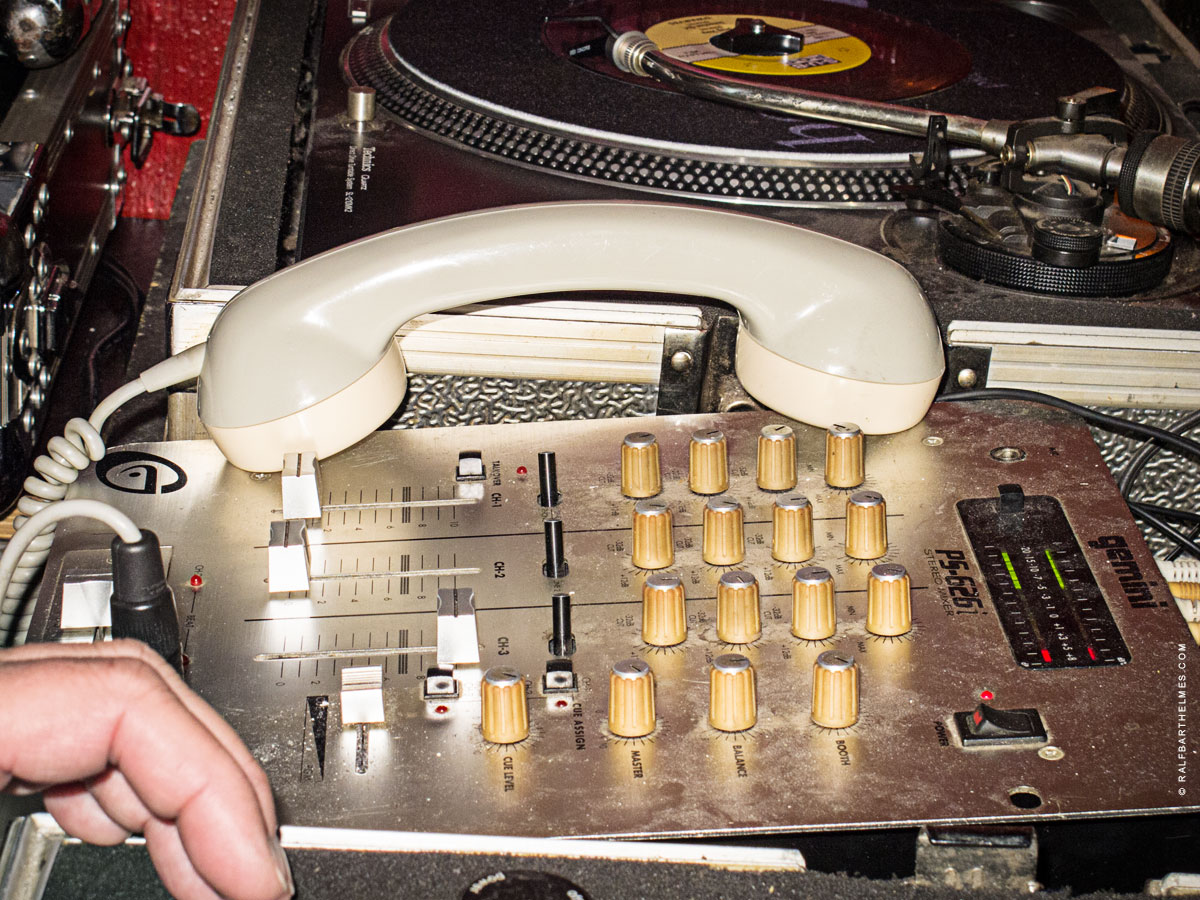 74-dj-headphone-frankfurt
