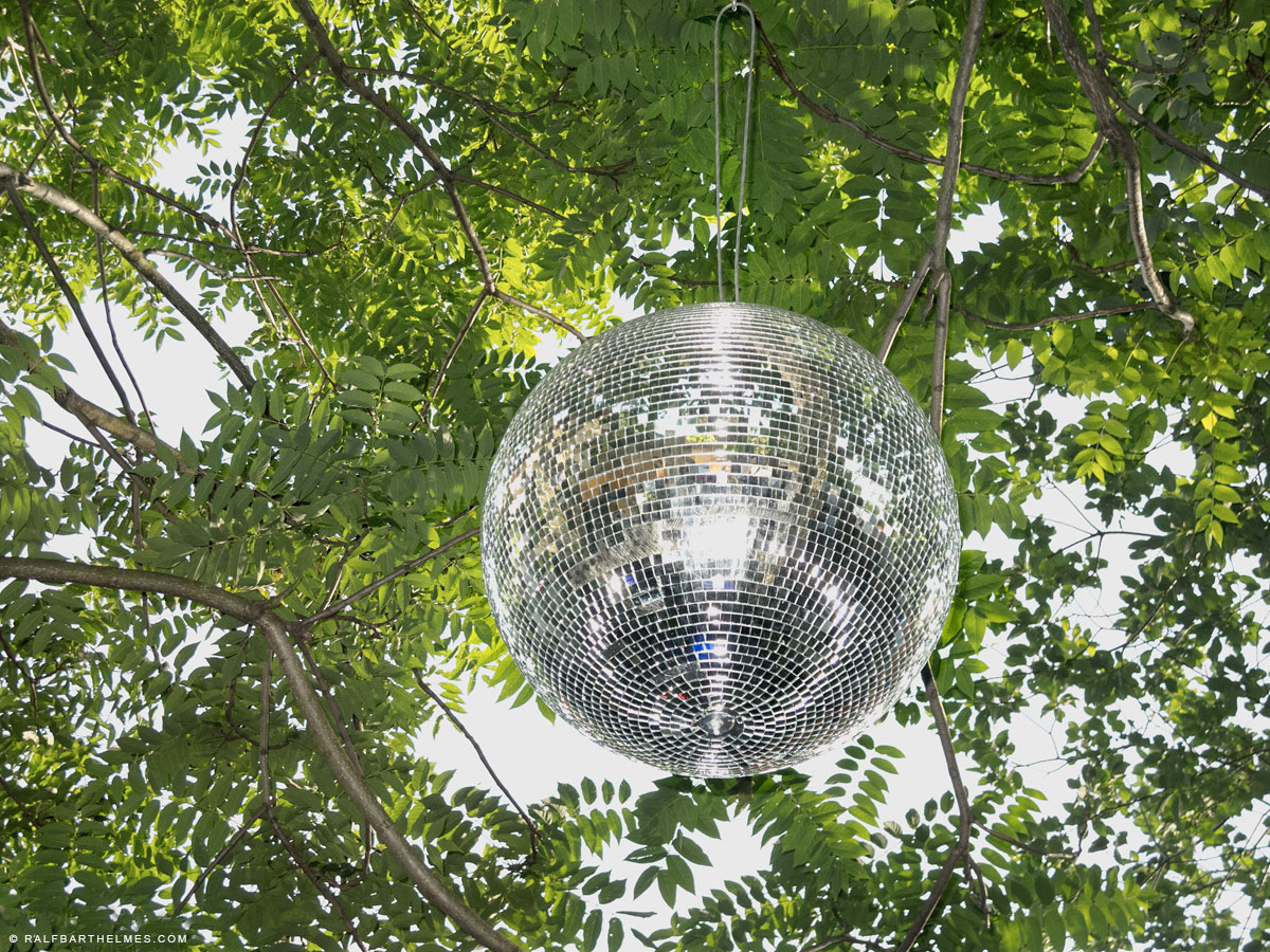417-disco-ball-foto-frankfurt