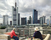 513-dachterrasse-editorial-frankfurt-th
