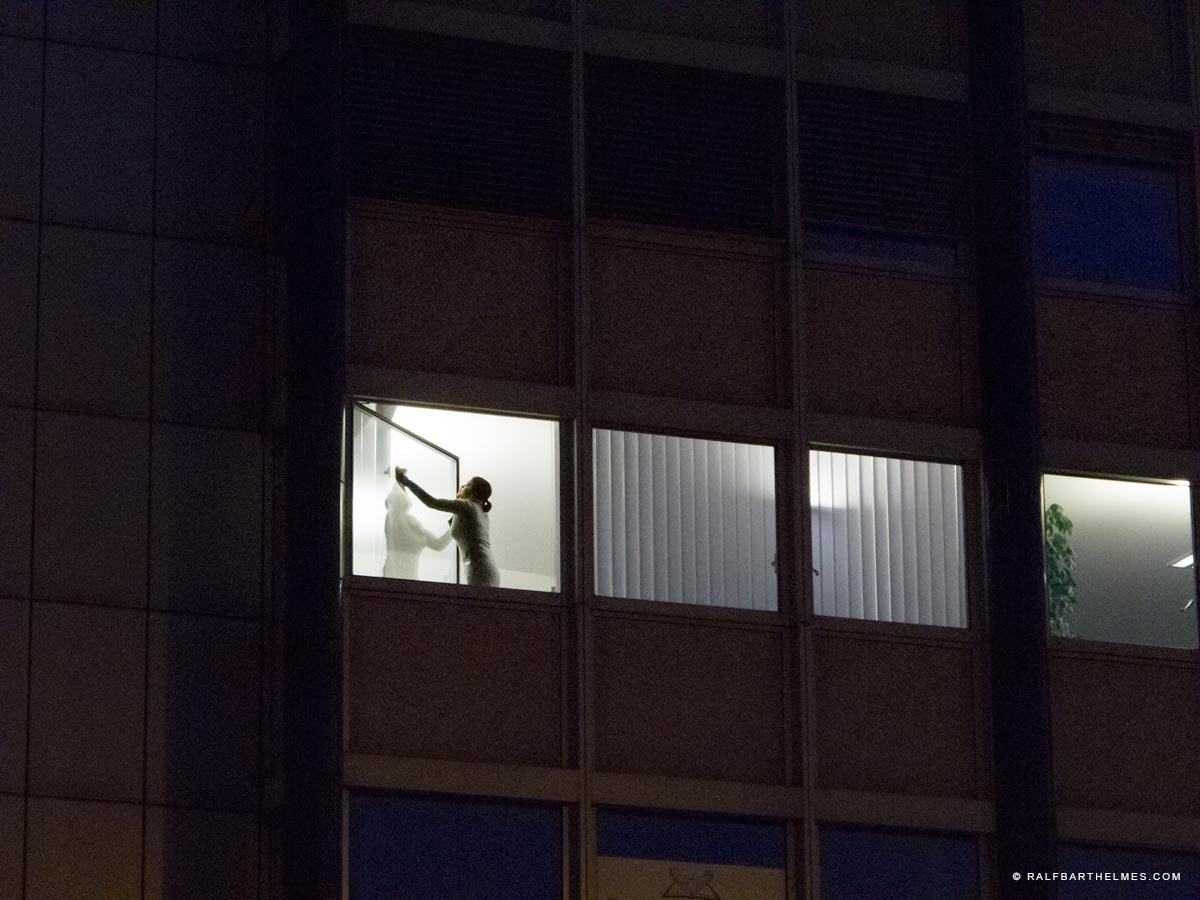 526-window-washer-foto-editorial